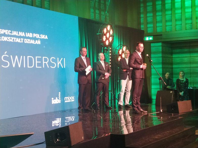 Prezes Grupy WP Jacek Świderski z Nagrodą Specjalną.