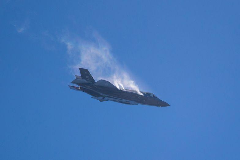F-35 to maszyna bojowa najnowszej generacji, ale chcemy kupić tylko 32 takie samoloty. Potrzebujemy 150-180.