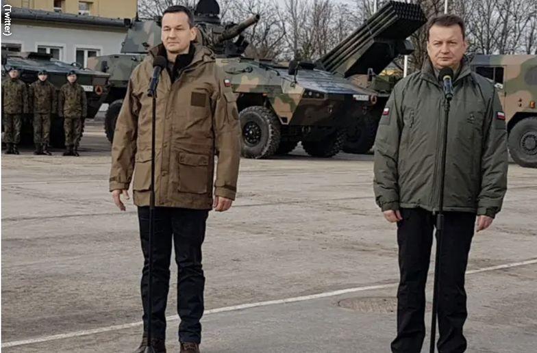 Premier Mateusz Morawiecki i szef MON Mariusz Błaszczak informują żołnierzy o kolejnym sukcesie.