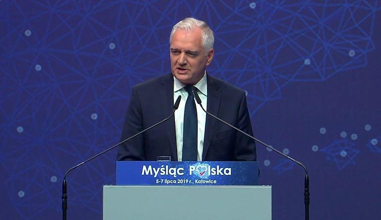 Jarosław Gowin, podczas konwencji programowej PiS, zapowiada realizację ambitnych inwestycji