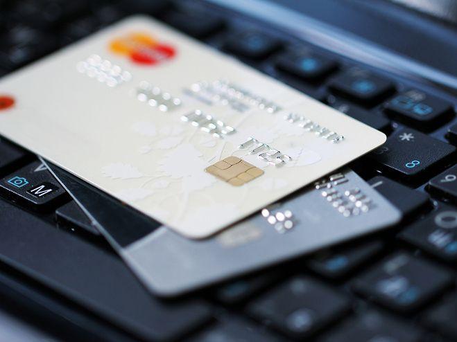 Za bezprawną płatność elektroniczną będzie grozić do 10 lat więzienia.