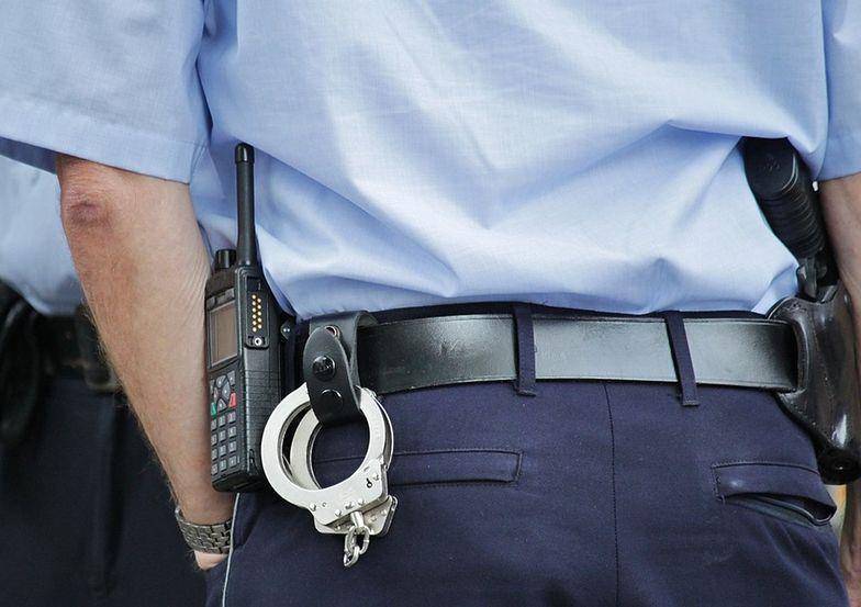 Do emerytury policyjnej mogą zostać doliczone dodatki takie jak dodatek pielęgnacyjny