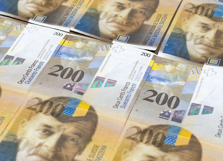 Najbardziej pechowi frankowicze zadłużyli się na początku sierpnia 2008 r., kiedy frank kosztował 1,96 zł