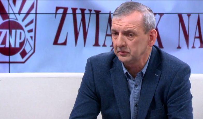 Szef ZNP zapewnia, że nie chciał straszyć rodziców