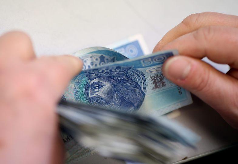 Dlaczego kredyty tanieją?