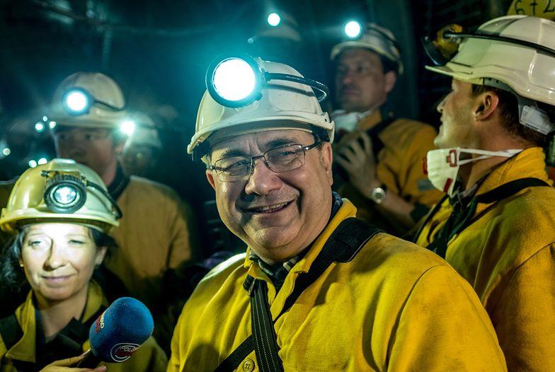 Grzegorz Tobiszowski mówi, że nad rozwiązaniami ws. cen energii pracuje kilka resortów