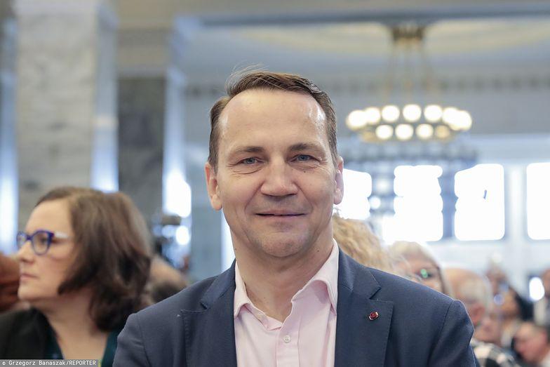 Radosław Sikorski wylicza, gdzie rząd może znaleźć brakujące 5 mld zł