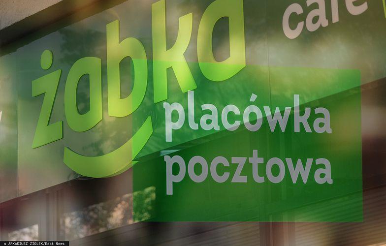 Nadana przez Pocztę Polską, odebrana w Żabce. Tak Polacy odbierają paczki
