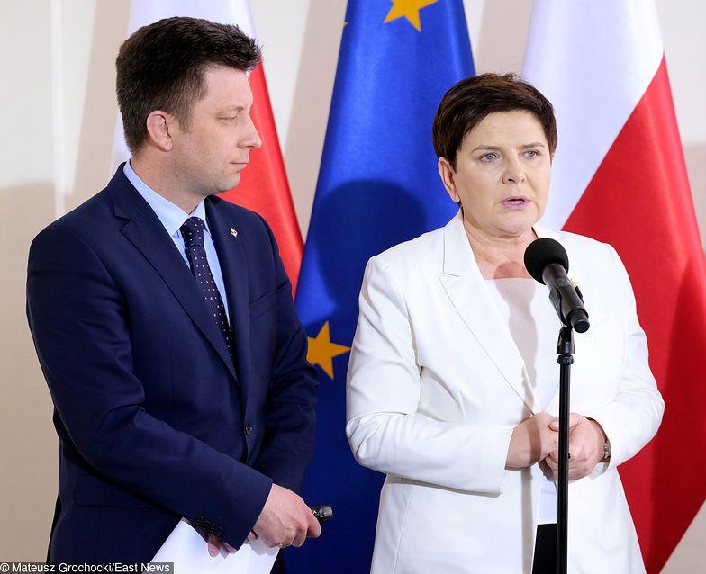 Strajk nauczycieli. Konferencja Beaty Szydło i Michała Dworczyka