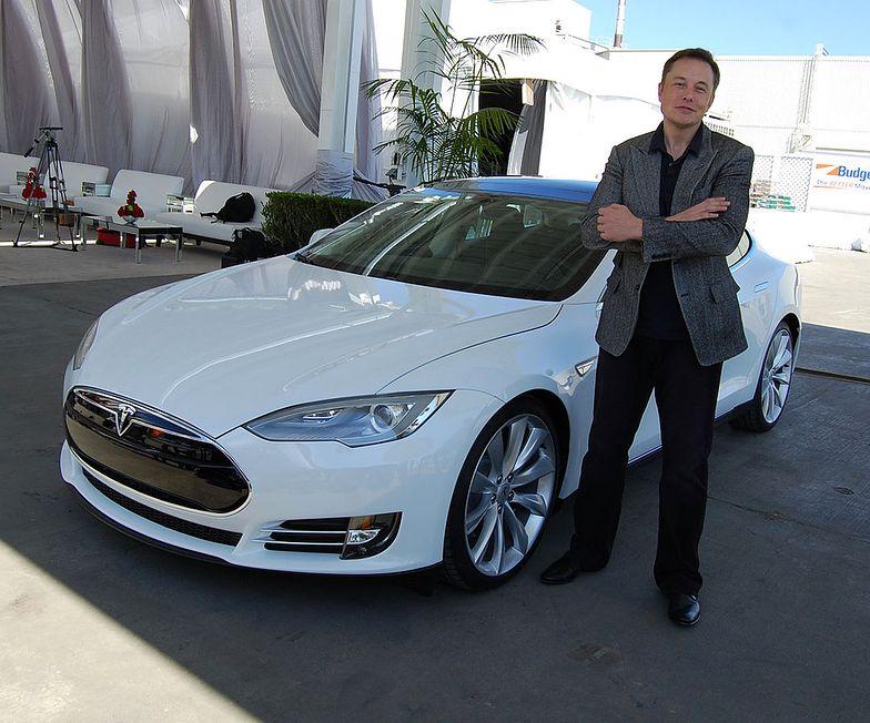Majątek Elona Muska szacowany jest na 2,4 mld dol.