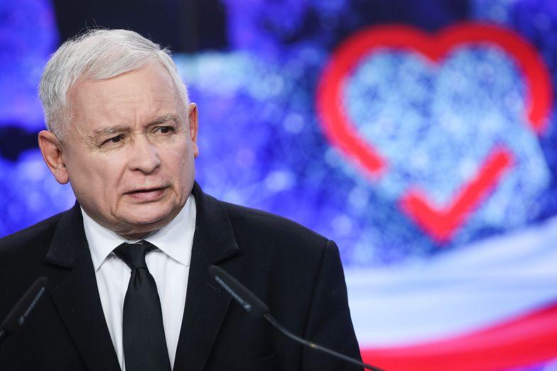 """""""Piątka Kaczyńskiego"""" pojawiła się w ramach obietnic złożonych podczas kampanii wyborczej."""