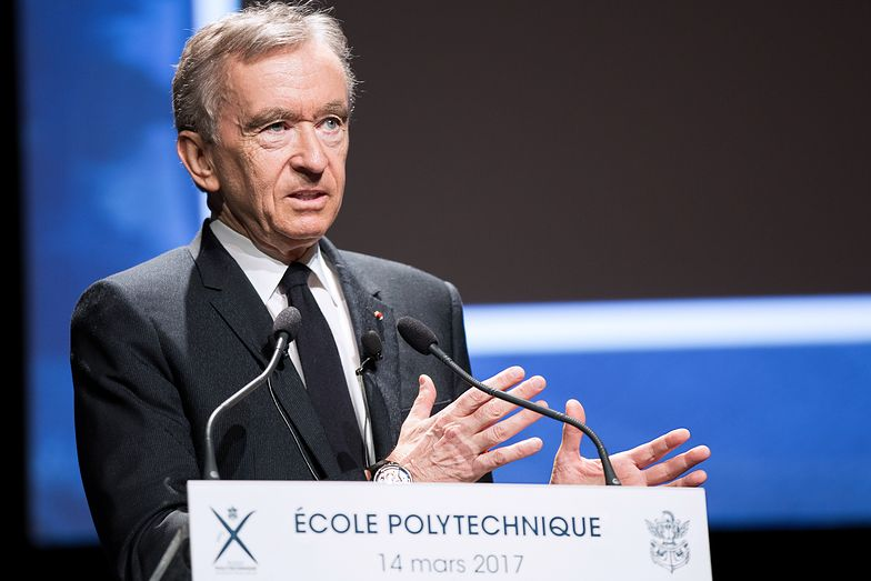 Bernard Arnault jest najbogatszym Francuzem, należy do niego koncern LVMH