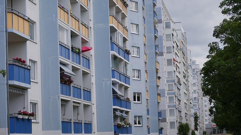 Życie w bloku może być lepsze dla zdrowia, niż życie w domu jednorodzinnym? Okazuje się, że tak.