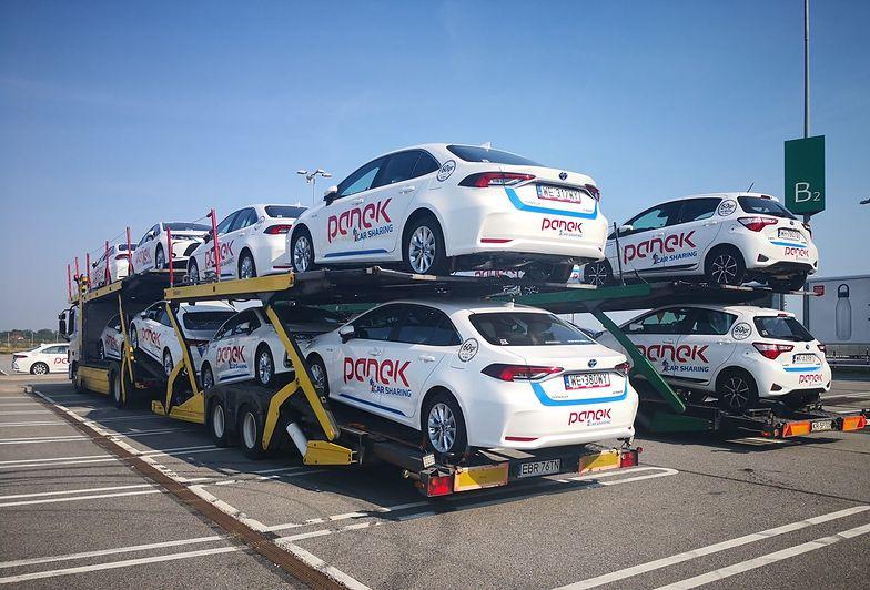 Auta marki PANEK są dezynfekowane specjalnymi płynami a częstotliwość wizyt obsługi technicznej została zwiększona.