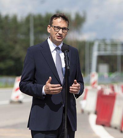 """Rząd rozdziela pieniądze z Polskiego Ładu. """"Wydaje się, że PiS wyciągnął wnioski"""""""