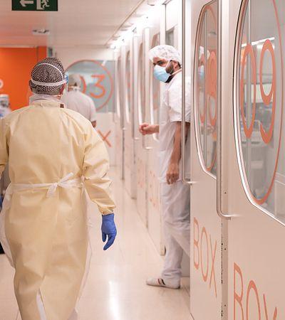 Pandemia COVID-19. Nie ma co marzyć o szybkiej odwilży. Sytuacja jest poważna