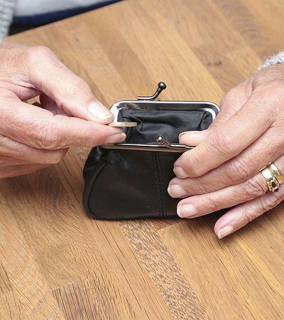 W Polsce przybywa emerytów. Zakład Ubezpieczeń Społecznych mówi wprost: nikogo nie odciągamy od świadczeń