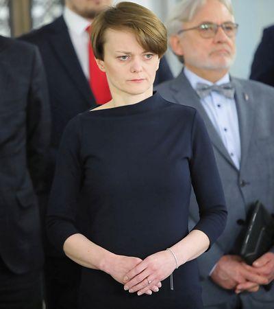 """Emilewicz kandydatką na wicepremiera. Kim jest """"twarz tarczy antykryzysowej"""""""
