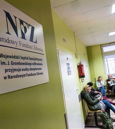 Koronawirus. Polacy wracają z Włoch i jadą prosto do szpitala. Dużo ryzykują