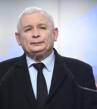 Jarosław Kaczyński chwali się osiągnięciami PiS. Wkrótce 80 mld zł co roku na programy społeczne