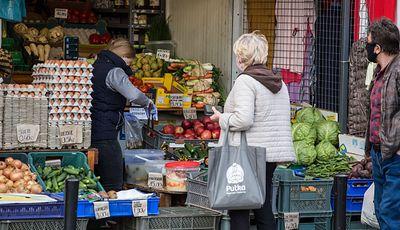 Inflacja minimalnie spadła. GUS informuje o wzroście cen w listopadzie
