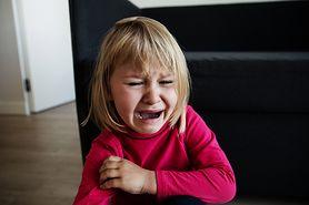 Nadopiekuńczy rodzice i ich nieporadne dzieci
