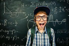 Co kupić chłopcu w wieku szkolnym pod choinkę?