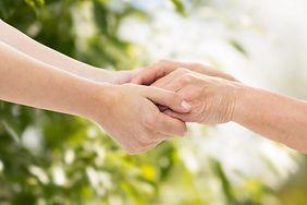 Co dłonie mówią o naszym zdrowiu? 5 niepokojących sygnałów