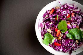 Sałatka coleslaw - jak ją przygotować?