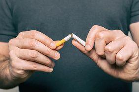 Nawyki gorsze niż palenie papierosów. Naukowcy alarmują