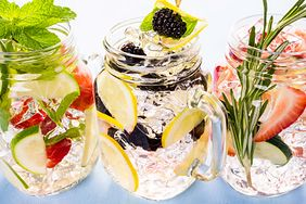 Nawadniające napoje, które są zdrowsze niż woda