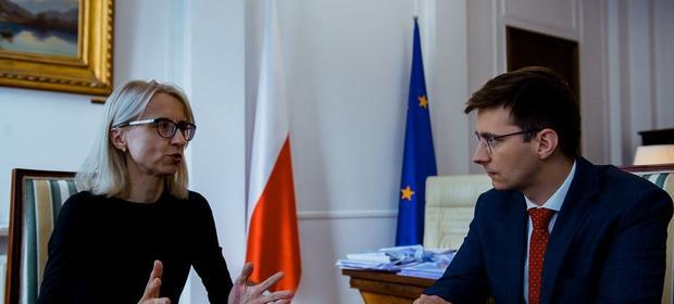 - Życzyłabym sobie, żeby deficyt był wykonany w 50-60 proc. - mówi w rozmowie z money.pl Teresa Czerwińska