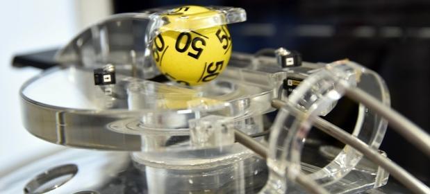 Z okazji 100-lecia odzyskania niepodległości Fundacja Lotto rozda stypendia.