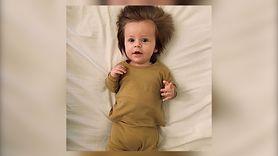Dziecko z bujną czuprynką. Niesamowite maleństwo (WIDEO)
