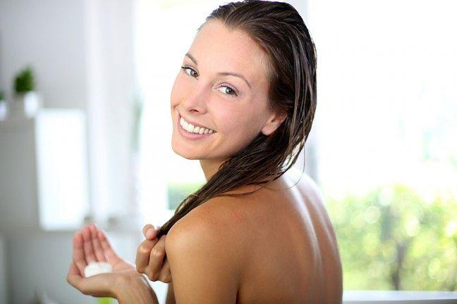 Stosuj serum do włosów