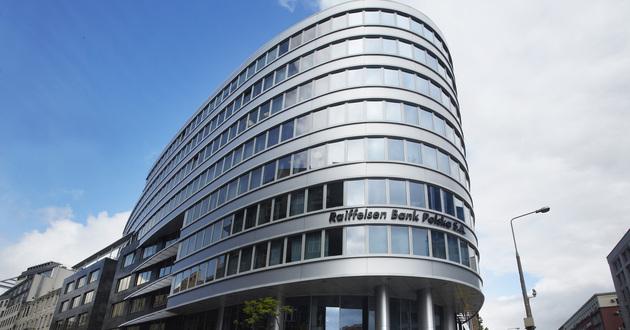 Wedłig KNF Raiffeisen nie działał niezależnie i w interesie uczestników funduszy.