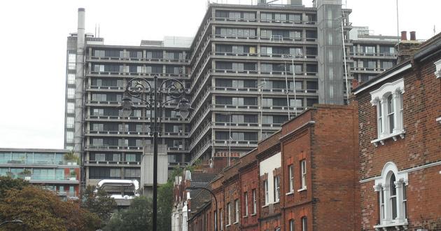 Pauline Cafferkey przebywa w londyńskim szpitalu Royal Free Hospital</br>