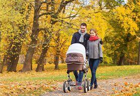 Akcesoria, które przydadzą się w czasie spaceru z niemowlakiem
