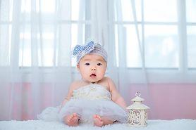 Najpiękniejsze modele sukienek niemowlęcych