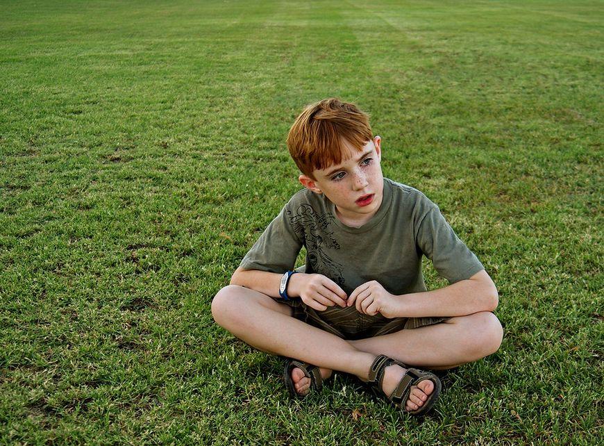 Czy dziecko reaguje emocjonalnie wobec innych?