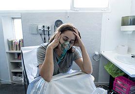 Tysiące pacjentów bez diagnozy raka płuc. Objawy przypominają koronawirusa