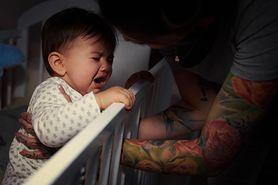 Jak usypiać? Wszystko o zdrowym śnie niemowląt i maluszków (recenzja)
