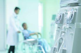 """Koronawirus może niszczyć nerki. """"Ostra niewydolność nerek może dotyczyć do 10 proc. pacjentów, którzy chorują na COVID-19"""""""