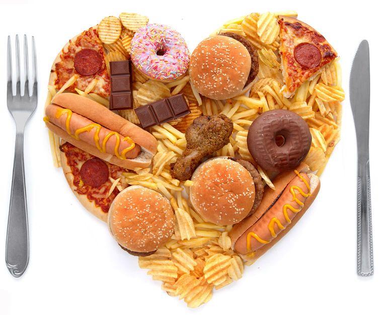 Niezdrowa żywność powoli zatruwa organizm