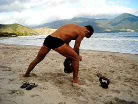 Ćwiczenia na uda - rodzaje i efekty. Trening z Mel B