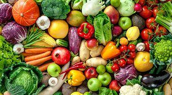 8 produktów, które najlepiej jeść na surowo