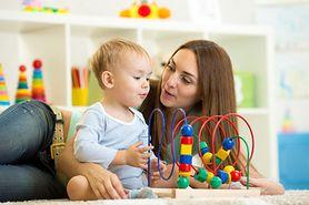 Pięć zabaw idealnych dla rocznego dziecka