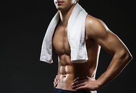 Trening na rzeźbę - rzeźbienie ciała dietą, podstawowe zalecenia w diecie na rzeźbę