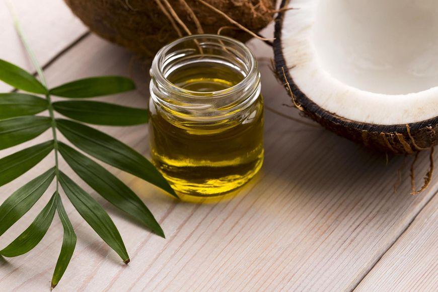 (123rf) Jakie są właściwości oleju kokosowego?