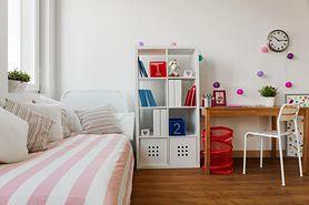 Jak odpowiednio dobrać krzesło i biurko dla dziecka?